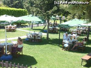 "P45x <small>[MAY-2015]</small> Majesty Mirage Park - beer garden cu bere turceasca, rusesca si nemteasca.  » foto by Andox   <span class=""allrVoted glyphicon glyphicon-heart hidden"" id=""av522057""></span> <a class=""m-l-10 hidden pull-right"" id=""sv522057"" onclick=""voting_Foto_DelVot(,522057,0)"" role=""button"">șterge vot <span class=""glyphicon glyphicon-remove""></span></a> <img class=""hidden pull-right m-r-10 m-l-10""  id=""f522057W9"" src=""/imagini/loader.gif"" border=""0"" /> <a id=""v9522057"" class="" c-red pull-right""  onclick=""voting_Foto_SetVot(522057)"" role=""button""><span class=""glyphicon glyphicon-heart-empty""></span> <b>LIKE</b> = Votează poza</a><span class=""AjErrMes hidden"" id=""e522057ErM""></span>"