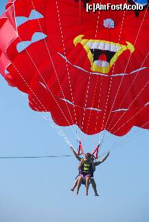 "P83 <small>[SEP-2011]</small> parasailing in tandem » foto by CCRRIISSYY  -  <span class=""allrVoted glyphicon glyphicon-heart hidden"" id=""av259101""></span> <a class=""m-l-10 hidden"" id=""sv259101"" onclick=""voting_Foto_DelVot(,259101,171)"" role=""button"">șterge vot <span class=""glyphicon glyphicon-remove""></span></a> <a id=""v9259101"" class="" c-red""  onclick=""voting_Foto_SetVot(259101)"" role=""button""><span class=""glyphicon glyphicon-heart-empty""></span> <b>LIKE</b> = Votează poza</a> <img class=""hidden""  id=""f259101W9"" src=""/imagini/loader.gif"" border=""0"" /><span class=""AjErrMes hidden"" id=""e259101ErM""></span>"