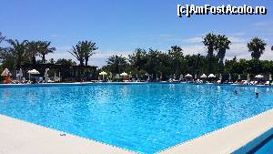 "P43 [JUN-2015] Botanik Exclusive Resort - piscina -- foto by <b>nicole33</b> [uploaded 27.07.15] - <span class=""allrVotedi"" id=""av644729"">Foto VOTATĂ de mine!</span><div class=""delVotI"" id=""sv644729""><a href=""/pma_sterge_vot.php?vid=&fid=644729"">Şterge vot</a></div><span id=""v9644729"" class=""displayinline;""> - <a style=""color:red;"" href=""javascript:votez(644729)""><b>LIKE</b> = Votează poza</a><img class=""loader"" id=""f644729Validating"" src=""/imagini/loader.gif"" border=""0"" /><span class=""AjErrMes""  id=""e644729MesajEr""></span>"