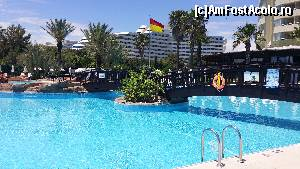 "P06 [JUN-2015] Botanik Exclusive Resort - piscina mare și curată -- foto by <b>nicole33</b> [uploaded 27.07.15] - <span class=""allrVotedi"" id=""av644692"">Foto VOTATĂ de mine!</span><div class=""delVotI"" id=""sv644692""><a href=""/pma_sterge_vot.php?vid=&fid=644692"">Şterge vot</a></div><span id=""v9644692"" class=""displayinline;""> - <a style=""color:red;"" href=""javascript:votez(644692)""><b>LIKE</b> = Votează poza</a><img class=""loader"" id=""f644692Validating"" src=""/imagini/loader.gif"" border=""0"" /><span class=""AjErrMes""  id=""e644692MesajEr""></span>"