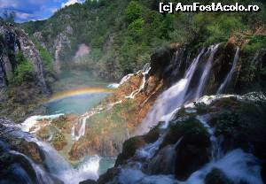P01 [JUN-2014] Rainbow in Plitvice- foto preluata de pe net
