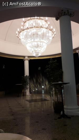 "P11 [JUN-2017] Intrarea in hotel.  -- foto by <b>Lisa</b> [uploaded 28.03.19] - <span class=""allrVotedi"" id=""av1061918"">Foto VOTATĂ de mine!</span><div class=""delVotI"" id=""sv1061918""><a href=""/pma_sterge_vot.php?vid=&fid=1061918"">Şterge vot</a></div><span id=""v91061918"" class=""displayinline;""> - <a style=""color:red;"" href=""javascript:votez(1061918)""><b>LIKE</b> = Votează poza</a><img class=""loader"" id=""f1061918Validating"" src=""/imagini/loader.gif"" border=""0"" /><span class=""AjErrMes""  id=""e1061918MesajEr""></span>"