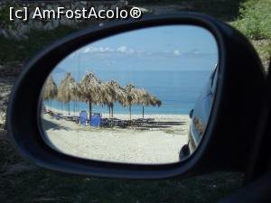 P21 <small>[înc: 17.09.16]</small> Ce oglindă retrovizoare am! Cadru de la plaja Agia Kiriaki