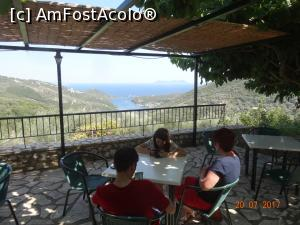 "P50 [JUL-2017] Taverna cupriveliste la Golful Sivota -- foto by <b>nickro</b> [uploaded 25.10.17] - <span class=""allrVotedi"" id=""av915303"">Foto VOTATĂ de mine!</span><div class=""delVotI"" id=""sv915303""><a href=""/pma_sterge_vot.php?vid=&fid=915303"">Şterge vot</a></div><span id=""v9915303"" class=""displayinline;""> - <a style=""color:red;"" href=""javascript:votez(915303)""><b>LIKE</b> = Votează poza</a><img class=""loader"" id=""f915303Validating"" src=""/imagini/loader.gif"" border=""0"" /><span class=""AjErrMes""  id=""e915303MesajEr""></span>"