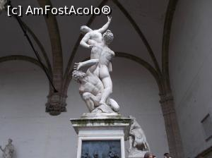 "P09 [MAY-2018] ""Răpirea Sabinelor"" de Gianbologna. Prim plan, Loggia dei Lanzi, Florența.  -- foto by <b>mihaelavoicu</b> [uploaded 25.08.18] - <span class=""allrVotedi"" id=""av1002748"">Foto VOTATĂ de mine!</span><div class=""delVotI"" id=""sv1002748""><a href=""/pma_sterge_vot.php?vid=&fid=1002748"">Şterge vot</a></div><span id=""v91002748"" class=""displayinline;""> - <a style=""color:red;"" href=""javascript:votez(1002748)""><b>LIKE</b> = Votează poza</a><img class=""loader"" id=""f1002748Validating"" src=""/imagini/loader.gif"" border=""0"" /><span class=""AjErrMes""  id=""e1002748MesajEr""></span>"