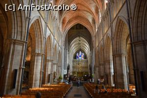 "P15 [MAY-2018] Southwark Cathedral -- foto by <b>ghisor</b> [uploaded 12.06.18] - <span class=""allrVotedi"" id=""av974318"">Foto VOTATĂ de mine!</span><div class=""delVotI"" id=""sv974318""><a href=""/pma_sterge_vot.php?vid=&fid=974318"">Şterge vot</a></div><span id=""v9974318"" class=""displayinline;""> - <a style=""color:red;"" href=""javascript:votez(974318)""><b>LIKE</b> = Votează poza</a><img class=""loader"" id=""f974318Validating"" src=""/imagini/loader.gif"" border=""0"" /><span class=""AjErrMes""  id=""e974318MesajEr""></span>"