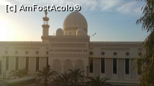 "P04 [MAY-2016] Moscheea Al-Sharif Al-Hussein bin Ali din Aqaba -- foto by <b>nicole33</b> [uploaded 04.12.17] - <span class=""allrVotedi"" id=""av927844"">Foto VOTATĂ de mine!</span><div class=""delVotI"" id=""sv927844""><a href=""/pma_sterge_vot.php?vid=&fid=927844"">Şterge vot</a></div><span id=""v9927844"" class=""displayinline;""> - <a style=""color:red;"" href=""javascript:votez(927844)""><b>LIKE</b> = Votează poza</a><img class=""loader"" id=""f927844Validating"" src=""/imagini/loader.gif"" border=""0"" /><span class=""AjErrMes""  id=""e927844MesajEr""></span>"