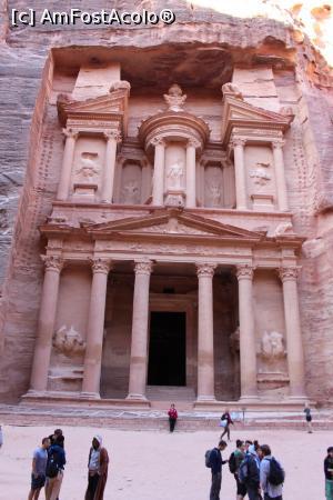 P11 <small>[înc: 21.11.17]</small> Petra, Trezoreria dimineața în prima zi