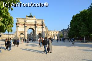 "P01 [APR-2017] Micul Arc de Triumf (Arc du Carrousel)  -- foto by <b>AZE</b> [uploaded 31.08.17] - <span class=""allrVotedi"" id=""av896411"">Foto VOTATĂ de mine!</span><div class=""delVotI"" id=""sv896411""><a href=""/pma_sterge_vot.php?vid=&fid=896411"">Şterge vot</a></div><span id=""v9896411"" class=""displayinline;""> - <a style=""color:red;"" href=""javascript:votez(896411)""><b>LIKE</b> = Votează poza</a><img class=""loader"" id=""f896411Validating"" src=""/imagini/loader.gif"" border=""0"" /><span class=""AjErrMes""  id=""e896411MesajEr""></span>"