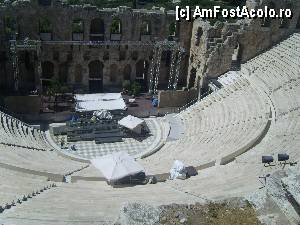 "P01 <small>[JUN-2012]</small> Teatrul Odeum of Herodes Atticus, gata pentru concert.  » foto by marius gaudi   <span class=""allrVoted glyphicon glyphicon-heart hidden"" id=""av380888""></span> <a class=""m-l-10 hidden pull-right"" id=""sv380888"" onclick=""voting_Foto_DelVot(,380888,1710)"" role=""button"">șterge vot <span class=""glyphicon glyphicon-remove""></span></a> <img class=""hidden pull-right m-r-10 m-l-10""  id=""f380888W9"" src=""/imagini/loader.gif"" border=""0"" /> <a id=""v9380888"" class="" c-red pull-right""  onclick=""voting_Foto_SetVot(380888)"" role=""button""><span class=""glyphicon glyphicon-heart-empty""></span> <b>LIKE</b> = Votează poza</a><span class=""AjErrMes hidden"" id=""e380888ErM""></span>"