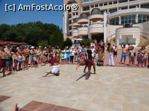 "P08 [JUN-2017] Alta figura de capoeira -- foto by <b>fanespoitorul</b> [uploaded 01.07.17] - <span class=""allrVotedi"" id=""av870514"">Foto VOTATĂ de mine!</span><div class=""delVotI"" id=""sv870514""><a href=""/pma_sterge_vot.php?vid=&fid=870514"">Şterge vot</a></div><span id=""v9870514"" class=""displayinline;""> - <a style=""color:red;"" href=""javascript:votez(870514)""><b>LIKE</b> = Votează poza</a><img class=""loader"" id=""f870514Validating"" src=""/imagini/loader.gif"" border=""0"" /><span class=""AjErrMes""  id=""e870514MesajEr""></span>"