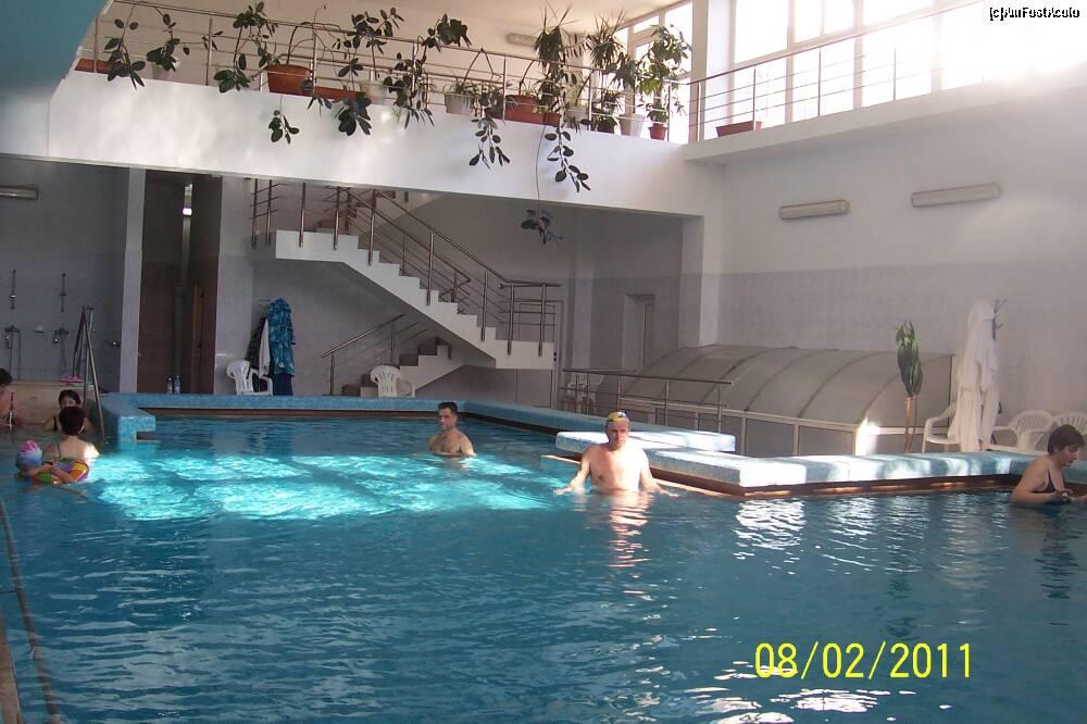 Cazare baile felix cu piscina interioara apa termala