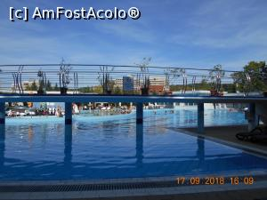 "P05 [SEP-2018] piscina mare din exterior -- foto by <b>zlatna</b> [uploaded 09.10.18] - <span class=""allrVotedi"" id=""av1018756"">Foto VOTATĂ de mine!</span><div class=""delVotI"" id=""sv1018756""><a href=""/pma_sterge_vot.php?vid=&fid=1018756"">Şterge vot</a></div><span id=""v91018756"" class=""displayinline;""> - <a style=""color:red;"" href=""javascript:votez(1018756)""><b>LIKE</b> = Votează poza</a><img class=""loader"" id=""f1018756Validating"" src=""/imagini/loader.gif"" border=""0"" /><span class=""AjErrMes""  id=""e1018756MesajEr""></span>"