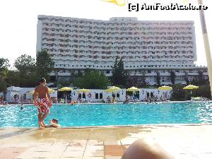P08 <small>[AUG-2013]</small> Piscina hotel Athos » foto by alicera2001  -  &lt;span class=&quot;allrVoted glyphicon glyphicon-heart hidden&quot; id=&quot;av555365&quot;&gt;&lt;/span&gt; &lt;a class=&quot;m-l-10 hidden&quot; id=&quot;sv555365&quot; onclick=&quot;voting_Foto_DelVot(,555365,2167)&quot; role=&quot;button&quot;&gt;șterge vot &lt;span class=&quot;glyphicon glyphicon-remove&quot;&gt;&lt;/span&gt;&lt;/a&gt; &lt;a id=&quot;v9555365&quot; class=&quot; c-red&quot;  onclick=&quot;voting_Foto_SetVot(555365)&quot; role=&quot;button&quot;&gt;&lt;span class=&quot;glyphicon glyphicon-heart-empty&quot;&gt;&lt;/span&gt; &lt;b&gt;LIKE&lt;/b&gt; = Votează poza&lt;/a&gt; &lt;img class=&quot;hidden&quot;  id=&quot;f555365W9&quot; src=&quot;/imagini/loader.gif&quot; border=&quot;0&quot; /&gt;&lt;span class=&quot;AjErrMes hidden&quot; id=&quot;e555365ErM&quot;&gt;&lt;/span&gt;
