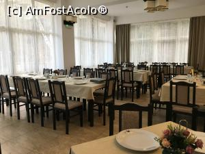 "P07 [MAR-2019] Restaurantul -- foto by <b>AZE</b> [uploaded 19.03.19] - <span class=""allrVotedi"" id=""av1059893"">Foto VOTATĂ de mine!</span><div class=""delVotI"" id=""sv1059893""><a href=""/pma_sterge_vot.php?vid=&fid=1059893"">Şterge vot</a></div><span id=""v91059893"" class=""displayinline;""> - <a style=""color:red;"" href=""javascript:votez(1059893)""><b>LIKE</b> = Votează poza</a><img class=""loader"" id=""f1059893Validating"" src=""/imagini/loader.gif"" border=""0"" /><span class=""AjErrMes""  id=""e1059893MesajEr""></span>"