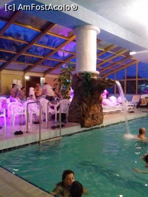 "P06 [JAN-2018] Piscina mare, cu apa dulce -- foto by <b>fan bulgaria</b> [uploaded 16.01.18] - <span class=""allrVotedi"" id=""av937545"">Foto VOTATĂ de mine!</span><div class=""delVotI"" id=""sv937545""><a href=""/pma_sterge_vot.php?vid=&fid=937545"">Şterge vot</a></div><span id=""v9937545"" class=""displayinline;""> - <a style=""color:red;"" href=""javascript:votez(937545)""><b>LIKE</b> = Votează poza</a><img class=""loader"" id=""f937545Validating"" src=""/imagini/loader.gif"" border=""0"" /><span class=""AjErrMes""  id=""e937545MesajEr""></span>"