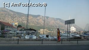 "P03 [AUG-2017] imagine din port, in Kotor -- foto by <b>silvia tudoran</b> [uploaded 16.11.17] - <span class=""allrVotedi"" id=""av921979"">Foto VOTATĂ de mine!</span><div class=""delVotI"" id=""sv921979""><a href=""/pma_sterge_vot.php?vid=&fid=921979"">Şterge vot</a></div><span id=""v9921979"" class=""displayinline;""> - <a style=""color:red;"" href=""javascript:votez(921979)""><b>LIKE</b> = Votează poza</a><img class=""loader"" id=""f921979Validating"" src=""/imagini/loader.gif"" border=""0"" /><span class=""AjErrMes""  id=""e921979MesajEr""></span>"