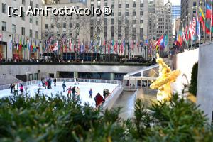 "P11 [FEB-2016] Patinoarul din Rockefeller Plaza -- foto by <b>AZE</b> [uploaded 24.07.16] - <span class=""allrVotedi"" id=""av765616"">Foto VOTATĂ de mine!</span><div class=""delVotI"" id=""sv765616""><a href=""/pma_sterge_vot.php?vid=&fid=765616"">Şterge vot</a></div><span id=""v9765616"" class=""displayinline;""> - <a style=""color:red;"" href=""javascript:votez(765616)""><b>LIKE</b> = Votează poza</a><img class=""loader"" id=""f765616Validating"" src=""/imagini/loader.gif"" border=""0"" /><span class=""AjErrMes""  id=""e765616MesajEr""></span>"