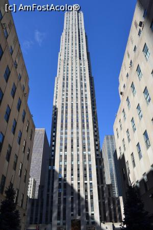 "P15 [FEB-2016] Fatada Rockefeller Center -- foto by <b>AZE</b> [uploaded 24.07.16] - <span class=""allrVotedi"" id=""av765620"">Foto VOTATĂ de mine!</span><div class=""delVotI"" id=""sv765620""><a href=""/pma_sterge_vot.php?vid=&fid=765620"">Şterge vot</a></div><span id=""v9765620"" class=""displayinline;""> - <a style=""color:red;"" href=""javascript:votez(765620)""><b>LIKE</b> = Votează poza</a><img class=""loader"" id=""f765620Validating"" src=""/imagini/loader.gif"" border=""0"" /><span class=""AjErrMes""  id=""e765620MesajEr""></span>"