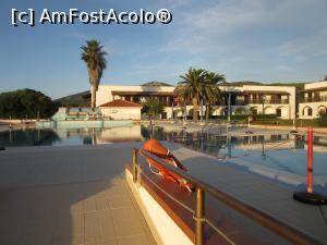 "P05 [OCT-2018] Hotel Porto Conte -- foto by <b>Michi</b> [uploaded 14.12.18] - <span class=""allrVotedi"" id=""av1041220"">Foto VOTATĂ de mine!</span><div class=""delVotI"" id=""sv1041220""><a href=""/pma_sterge_vot.php?vid=&fid=1041220"">Şterge vot</a></div><span id=""v91041220"" class=""displayinline;""> - <a style=""color:red;"" href=""javascript:votez(1041220)""><b>LIKE</b> = Votează poza</a><img class=""loader"" id=""f1041220Validating"" src=""/imagini/loader.gif"" border=""0"" /><span class=""AjErrMes""  id=""e1041220MesajEr""></span>"