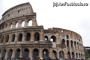 "P01 <small>[MAR-2010]</small> Colosseum-ul din Roma, vazut din exterior » foto by cdiana   <span class=""allrVoted glyphicon glyphicon-heart hidden"" id=""av434319""></span> <a class=""m-l-10 hidden pull-right"" id=""sv434319"" onclick=""voting_Foto_DelVot(,434319,3406)"" role=""button"">șterge vot <span class=""glyphicon glyphicon-remove""></span></a> <img class=""hidden pull-right m-r-10 m-l-10""  id=""f434319W9"" src=""/imagini/loader.gif"" border=""0"" /> <a id=""v9434319"" class="" c-red pull-right""  onclick=""voting_Foto_SetVot(434319)"" role=""button""><span class=""glyphicon glyphicon-heart-empty""></span> <b>LIKE</b> = Votează poza</a><span class=""AjErrMes hidden"" id=""e434319ErM""></span>"