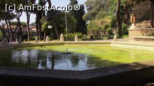 "P46 <small>[MAY-2017]</small> Parco Del Colle Opio/Piazza Martin Luther. Fontana delle Anfore.  » foto by ovidiuyepi   <span class=""allrVoted glyphicon glyphicon-heart hidden"" id=""av969614""></span> <a class=""m-l-10 hidden pull-right"" id=""sv969614"" onclick=""voting_Foto_DelVot(,969614,3406)"" role=""button"">șterge vot <span class=""glyphicon glyphicon-remove""></span></a> <img class=""hidden pull-right m-r-10 m-l-10""  id=""f969614W9"" src=""/imagini/loader.gif"" border=""0"" /> <a id=""v9969614"" class="" c-red pull-right""  onclick=""voting_Foto_SetVot(969614)"" role=""button""><span class=""glyphicon glyphicon-heart-empty""></span> <b>LIKE</b> = Votează poza</a><span class=""AjErrMes hidden"" id=""e969614ErM""></span>"