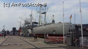 "P03 [JUN-2018] Vedere din port -- foto by <b>Mihai18</b> [uploaded 23.08.18] - <span class=""allrVotedi"" id=""av1002120"">Foto VOTATĂ de mine!</span><div class=""delVotI"" id=""sv1002120""><a href=""/pma_sterge_vot.php?vid=&fid=1002120"">Şterge vot</a></div><span id=""v91002120"" class=""displayinline;""> - <a style=""color:red;"" href=""javascript:votez(1002120)""><b>LIKE</b> = Votează poza</a><img class=""loader"" id=""f1002120Validating"" src=""/imagini/loader.gif"" border=""0"" /><span class=""AjErrMes""  id=""e1002120MesajEr""></span>"