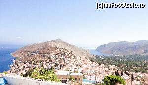 "P27 [SEP-2015] Symi, vedere din castel.  -- foto by <b>maryka</b> [uploaded 27.09.15] - <span class=""allrVotedi"" id=""av675529"">Foto VOTATĂ de mine!</span><div class=""delVotI"" id=""sv675529""><a href=""/pma_sterge_vot.php?vid=&fid=675529"">Şterge vot</a></div><span id=""v9675529"" class=""displayinline;""> - <a style=""color:red;"" href=""javascript:votez(675529)""><b>LIKE</b> = Votează poza</a><img class=""loader"" id=""f675529Validating"" src=""/imagini/loader.gif"" border=""0"" /><span class=""AjErrMes""  id=""e675529MesajEr""></span>"