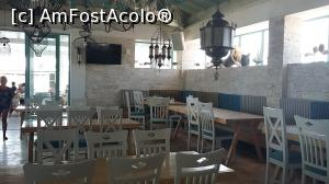 "P01 [AUG-2019] Restaurantul la interior -- foto by <b>FrancescaClara</b> [uploaded 29.08.19] - <span class=""allrVotedi"" id=""av1102176"">Foto VOTATĂ de mine!</span><div class=""delVotI"" id=""sv1102176""><a href=""/pma_sterge_vot.php?vid=&fid=1102176"">Şterge vot</a></div><span id=""v91102176"" class=""displayinline;""> - <a style=""color:red;"" href=""javascript:votez(1102176)""><b>LIKE</b> = Votează poza</a><img class=""loader"" id=""f1102176Validating"" src=""/imagini/loader.gif"" border=""0"" /><span class=""AjErrMes""  id=""e1102176MesajEr""></span>"