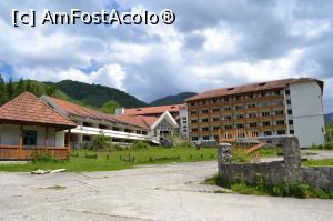 "P08 [MAY-2016] Hotel Scorilo-in paragina -- foto by <b>AZE</b> [uploaded 31.05.16] - <span class=""allrVotedi"" id=""av744498"">Foto VOTATĂ de mine!</span><div class=""delVotI"" id=""sv744498""><a href=""/pma_sterge_vot.php?vid=&fid=744498"">Şterge vot</a></div><span id=""v9744498"" class=""displayinline;""> - <a style=""color:red;"" href=""javascript:votez(744498)""><b>LIKE</b> = Votează poza</a><img class=""loader"" id=""f744498Validating"" src=""/imagini/loader.gif"" border=""0"" /><span class=""AjErrMes""  id=""e744498MesajEr""></span>"