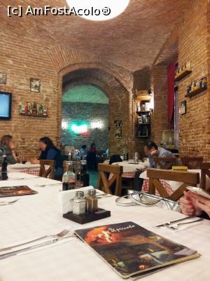 "P03 [OCT-2017] Il Peccato – Ristorante Pizzerie Bar / interior -- foto by <b>Dragos</b> [uploaded 21.11.17] - <span class=""allrVotedi"" id=""av923637"">Foto VOTATĂ de mine!</span><div class=""delVotI"" id=""sv923637""><a href=""/pma_sterge_vot.php?vid=&fid=923637"">Şterge vot</a></div><span id=""v9923637"" class=""displayinline;""> - <a style=""color:red;"" href=""javascript:votez(923637)""><b>LIKE</b> = Votează poza</a><img class=""loader"" id=""f923637Validating"" src=""/imagini/loader.gif"" border=""0"" /><span class=""AjErrMes""  id=""e923637MesajEr""></span>"