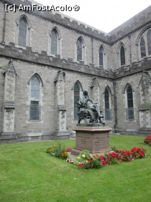 P12 [JUL-2017] St Patrick Cathedral-Statuia lui Sir Benjamin Guinness -- foto by <b>Michi</b> [uploaded 26.07.17] - &lt;span class=&quot;allrVotedi&quot; id=&quot;av881282&quot;&gt;Foto VOTATĂ de mine!&lt;/span&gt;&lt;div class=&quot;delVotI&quot; id=&quot;sv881282&quot;&gt;&lt;a href=&quot;/pma_sterge_vot.php?vid=&amp;fid=881282&quot;&gt;Şterge vot&lt;/a&gt;&lt;/div&gt;&lt;span id=&quot;v9881282&quot; class=&quot;displayinline;&quot;&gt; - &lt;a style=&quot;color:red;&quot; href=&quot;javascript:votez(881282)&quot;&gt;&lt;b&gt;LIKE&lt;/b&gt; = Votează poza&lt;/a&gt;&lt;img class=&quot;loader&quot; id=&quot;f881282Validating&quot; src=&quot;/imagini/loader.gif&quot; border=&quot;0&quot; /&gt;&lt;span class=&quot;AjErrMes&quot;  id=&quot;e881282MesajEr&quot;&gt;&lt;/span&gt;
