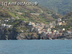 "P22 [AUG-2017] Riomaggiore (zoom)  -- foto by <b>crismis</b> [uploaded 02.01.18] - <span class=""allrVotedi"" id=""av934221"">Foto VOTATĂ de mine!</span><div class=""delVotI"" id=""sv934221""><a href=""/pma_sterge_vot.php?vid=&fid=934221"">Şterge vot</a></div><span id=""v9934221"" class=""displayinline;""> - <a style=""color:red;"" href=""javascript:votez(934221)""><b>LIKE</b> = Votează poza</a><img class=""loader"" id=""f934221Validating"" src=""/imagini/loader.gif"" border=""0"" /><span class=""AjErrMes""  id=""e934221MesajEr""></span>"