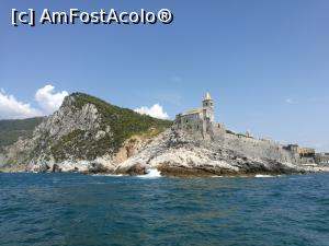 "P26 [AUG-2017] Basilica San Pietro, Portovenere -- foto by <b>crismis</b> [uploaded 02.01.18] - <span class=""allrVotedi"" id=""av934227"">Foto VOTATĂ de mine!</span><div class=""delVotI"" id=""sv934227""><a href=""/pma_sterge_vot.php?vid=&fid=934227"">Şterge vot</a></div><span id=""v9934227"" class=""displayinline;""> - <a style=""color:red;"" href=""javascript:votez(934227)""><b>LIKE</b> = Votează poza</a><img class=""loader"" id=""f934227Validating"" src=""/imagini/loader.gif"" border=""0"" /><span class=""AjErrMes""  id=""e934227MesajEr""></span>"