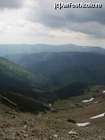 "P16 [MAY-2010] Urcand pe Transalpina -- foto by <b>ancamariagadea</b> [uploaded 31.05.10] - <span class=""allrVotedi"" id=""av77837"">Foto VOTATĂ de mine!</span><div class=""delVotI"" id=""sv77837""><a href=""/pma_sterge_vot.php?vid=&fid=77837"">Şterge vot</a></div><span id=""v977837"" class=""displayinline;""> - <a style=""color:red;"" href=""javascript:votez(77837)""><b>LIKE</b> = Votează poza</a><img class=""loader"" id=""f77837Validating"" src=""/imagini/loader.gif"" border=""0"" /><span class=""AjErrMes""  id=""e77837MesajEr""></span>"