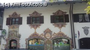 "P06 [AUG-2016] Detalii la ferestre în Garmisch-Partenkirchen (' cartierul' Garmisch), Germania.  -- foto by <b>traian.leuca</b> [uploaded 04.03.19] - <span class=""allrVotedi"" id=""av1057973"">Foto VOTATĂ de mine!</span><div class=""delVotI"" id=""sv1057973""><a href=""/pma_sterge_vot.php?vid=&fid=1057973"">Şterge vot</a></div><span id=""v91057973"" class=""displayinline;""> - <a style=""color:red;"" href=""javascript:votez(1057973)""><b>LIKE</b> = Votează poza</a><img class=""loader"" id=""f1057973Validating"" src=""/imagini/loader.gif"" border=""0"" /><span class=""AjErrMes""  id=""e1057973MesajEr""></span>"