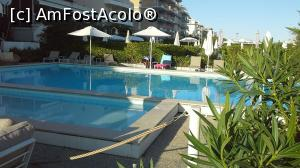 "P08 [SEP-2019] Piscina hotelului -- foto by <b>gettyy</b> [uploaded 14.11.19] - <span class=""allrVotedi"" id=""av1124785"">Foto VOTATĂ de mine!</span><div class=""delVotI"" id=""sv1124785""><a href=""/pma_sterge_vot.php?vid=&fid=1124785"">Şterge vot</a></div><span id=""v91124785"" class=""displayinline;""> - <a style=""color:red;"" href=""javascript:votez(1124785)""><b>LIKE</b> = Votează poza</a><img class=""loader"" id=""f1124785Validating"" src=""/imagini/loader.gif"" border=""0"" /><span class=""AjErrMes""  id=""e1124785MesajEr""></span>"