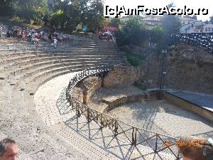 "P02 [AUG-2015] Ohrid - Teatrul antic. Moment de odihnă pe scaunele istorice.  -- foto by <b>iulianic</b> [uploaded 26.11.15] - <span class=""allrVotedi"" id=""av694595"">Foto VOTATĂ de mine!</span><div class=""delVotI"" id=""sv694595""><a href=""/pma_sterge_vot.php?vid=&fid=694595"">Şterge vot</a></div><span id=""v9694595"" class=""displayinline;""> - <a style=""color:red;"" href=""javascript:votez(694595)""><b>LIKE</b> = Votează poza</a><img class=""loader"" id=""f694595Validating"" src=""/imagini/loader.gif"" border=""0"" /><span class=""AjErrMes""  id=""e694595MesajEr""></span>"