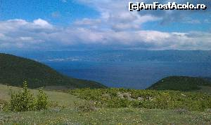 "P19 [MAY-2015] Lacul Ohrid văzut de la Mănăstirea Sf. Naum de pe malul lacului Ohrid, Macedonia. -- foto by <b>traian.leuca</b> [uploaded 02.06.15] - <span class=""allrVotedi"" id=""av622395"">Foto VOTATĂ de mine!</span><div class=""delVotI"" id=""sv622395""><a href=""/pma_sterge_vot.php?vid=&fid=622395"">Şterge vot</a></div><span id=""v9622395"" class=""displayinline;""> - <a style=""color:red;"" href=""javascript:votez(622395)""><b>LIKE</b> = Votează poza</a><img class=""loader"" id=""f622395Validating"" src=""/imagini/loader.gif"" border=""0"" /><span class=""AjErrMes""  id=""e622395MesajEr""></span>"