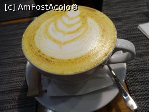 "P09 [OCT-2018] Tumeric Latte - Restaurant Marty Eatery, Cluj.  -- foto by <b>tata123</b> [uploaded 19.11.18] - <span class=""allrVotedi"" id=""av1032986"">Foto VOTATĂ de mine!</span><div class=""delVotI"" id=""sv1032986""><a href=""/pma_sterge_vot.php?vid=&fid=1032986"">Şterge vot</a></div><span id=""v91032986"" class=""displayinline;""> - <a style=""color:red;"" href=""javascript:votez(1032986)""><b>LIKE</b> = Votează poza</a><img class=""loader"" id=""f1032986Validating"" src=""/imagini/loader.gif"" border=""0"" /><span class=""AjErrMes""  id=""e1032986MesajEr""></span>"