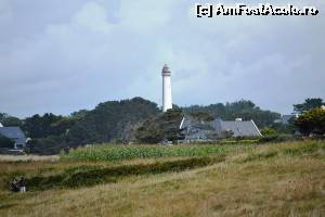 "P06 [AUG-2014] Pointe du Corsen - farul din Trezien -- foto by <b>makuy</b> [uploaded 09.11.14] - <span class=""allrVotedi"" id=""av573112"">Foto VOTATĂ de mine!</span><div class=""delVotI"" id=""sv573112""><a href=""/pma_sterge_vot.php?vid=&fid=573112"">Şterge vot</a></div><span id=""v9573112"" class=""displayinline;""> - <a style=""color:red;"" href=""javascript:votez(573112)""><b>LIKE</b> = Votează poza</a><img class=""loader"" id=""f573112Validating"" src=""/imagini/loader.gif"" border=""0"" /><span class=""AjErrMes""  id=""e573112MesajEr""></span>"
