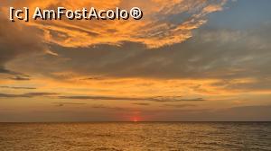 P04 <small>[înc: 02.07.19]</small> Apus de soare în Samothraki.