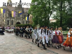 "P16 [MAY-2019] 1 mai in Kosice -- foto by <b>catrinel</b> [uploaded 06.08.19] - <span class=""allrVotedi"" id=""av1093956"">Foto VOTATĂ de mine!</span><div class=""delVotI"" id=""sv1093956""><a href=""/pma_sterge_vot.php?vid=&fid=1093956"">Şterge vot</a></div><span id=""v91093956"" class=""displayinline;""> - <a style=""color:red;"" href=""javascript:votez(1093956)""><b>LIKE</b> = Votează poza</a><img class=""loader"" id=""f1093956Validating"" src=""/imagini/loader.gif"" border=""0"" /><span class=""AjErrMes""  id=""e1093956MesajEr""></span>"