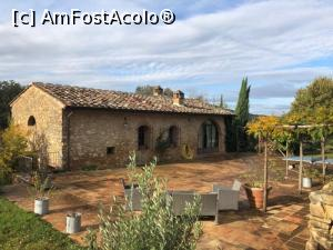 "P01 [NOV-2018] Le Mascie Country House in Sovicille -- foto by <b>floredana</b> [uploaded 13.11.18] - <span class=""allrVotedi"" id=""av1030953"">Foto VOTATĂ de mine!</span><div class=""delVotI"" id=""sv1030953""><a href=""/pma_sterge_vot.php?vid=&fid=1030953"">Şterge vot</a></div><span id=""v91030953"" class=""displayinline;""> - <a style=""color:red;"" href=""javascript:votez(1030953)""><b>LIKE</b> = Votează poza</a><img class=""loader"" id=""f1030953Validating"" src=""/imagini/loader.gif"" border=""0"" /><span class=""AjErrMes""  id=""e1030953MesajEr""></span>"