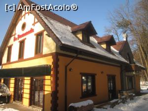 "P09 [FEB-2017] Rasnov- Restaurantul La Promenada. -- foto by <b>Floria</b> [uploaded 27.02.17] - <span class=""allrVotedi"" id=""av837316"">Foto VOTATĂ de mine!</span><div class=""delVotI"" id=""sv837316""><a href=""/pma_sterge_vot.php?vid=&fid=837316"">Şterge vot</a></div><span id=""v9837316"" class=""displayinline;""> - <a style=""color:red;"" href=""javascript:votez(837316)""><b>LIKE</b> = Votează poza</a><img class=""loader"" id=""f837316Validating"" src=""/imagini/loader.gif"" border=""0"" /><span class=""AjErrMes""  id=""e837316MesajEr""></span>"