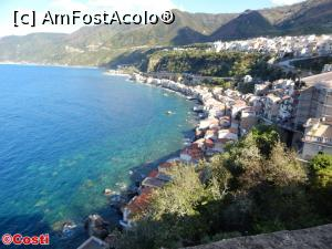 "P20 [APR-2017] Vedere spre nord din Castello di Scilla -- foto by <b>Costi</b> [uploaded 30.04.17] - <span class=""allrVotedi"" id=""av850101"">Foto VOTATĂ de mine!</span><div class=""delVotI"" id=""sv850101""><a href=""/pma_sterge_vot.php?vid=&fid=850101"">Şterge vot</a></div><span id=""v9850101"" class=""displayinline;""> - <a style=""color:red;"" href=""javascript:votez(850101)""><b>LIKE</b> = Votează poza</a><img class=""loader"" id=""f850101Validating"" src=""/imagini/loader.gif"" border=""0"" /><span class=""AjErrMes""  id=""e850101MesajEr""></span>"