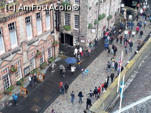 "P41 [AUG-2017] Vedere de la etajul 6 din Camera Obscura catre Muzeul Whisky-ului de pe Royal Mile.  -- foto by <b>Aurici</b> [uploaded 04.10.17] - <span class=""allrVotedi"" id=""av908672"">Foto VOTATĂ de mine!</span><div class=""delVotI"" id=""sv908672""><a href=""/pma_sterge_vot.php?vid=&fid=908672"">Şterge vot</a></div><span id=""v9908672"" class=""displayinline;""> - <a style=""color:red;"" href=""javascript:votez(908672)""><b>LIKE</b> = Votează poza</a><img class=""loader"" id=""f908672Validating"" src=""/imagini/loader.gif"" border=""0"" /><span class=""AjErrMes""  id=""e908672MesajEr""></span>"