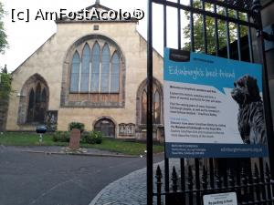 "P54 [AUG-2017] Greyfriars Bobby - biserica si cimitirul unde este ingropat stapanul catelului Bobby, care i-a pazit mormantul timp de 14 ani. In fata bisericii piatra de mormant a catelusului.  -- foto by <b>Aurici</b> [uploaded 04.10.17] - <span class=""allrVotedi"" id=""av908685"">Foto VOTATĂ de mine!</span><div class=""delVotI"" id=""sv908685""><a href=""/pma_sterge_vot.php?vid=&fid=908685"">Şterge vot</a></div><span id=""v9908685"" class=""displayinline;""> - <a style=""color:red;"" href=""javascript:votez(908685)""><b>LIKE</b> = Votează poza</a><img class=""loader"" id=""f908685Validating"" src=""/imagini/loader.gif"" border=""0"" /><span class=""AjErrMes""  id=""e908685MesajEr""></span>"