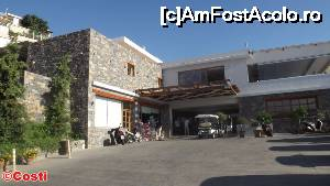"P17 [SEP-2015] Intrarea în recepția de la Miramare Resort & Spa.  -- foto by <b>Costi</b> [uploaded 07.10.15] - <span class=""allrVotedi"" id=""av679282"">Foto VOTATĂ de mine!</span><div class=""delVotI"" id=""sv679282""><a href=""/pma_sterge_vot.php?vid=&fid=679282"">Şterge vot</a></div><span id=""v9679282"" class=""displayinline;""> - <a style=""color:red;"" href=""javascript:votez(679282)""><b>LIKE</b> = Votează poza</a><img class=""loader"" id=""f679282Validating"" src=""/imagini/loader.gif"" border=""0"" /><span class=""AjErrMes""  id=""e679282MesajEr""></span>"