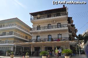 "P01 [SEP-2014] Hotel Manolas - vedere din strada -- foto by <b>codryna</b> [uploaded 03.05.15] - <span class=""allrVotedi"" id=""av614021"">Foto VOTATĂ de mine!</span><div class=""delVotI"" id=""sv614021""><a href=""/pma_sterge_vot.php?vid=&fid=614021"">Şterge vot</a></div><span id=""v9614021"" class=""displayinline;""> - <a style=""color:red;"" href=""javascript:votez(614021)""><b>LIKE</b> = Votează poza</a><img class=""loader"" id=""f614021Validating"" src=""/imagini/loader.gif"" border=""0"" /><span class=""AjErrMes""  id=""e614021MesajEr""></span>"
